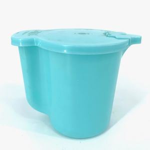 Tupperware Teal Milk Pitcher 131-3, cover 625.5